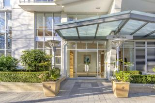 Photo 18: 604 1425 W 6TH AVENUE in Vancouver: False Creek Condo for sale (Vancouver West)  : MLS®# R2447311
