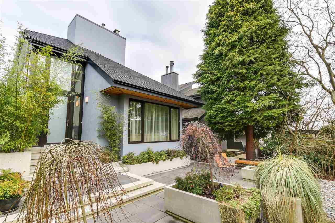 """Main Photo: 3465 W 30TH Avenue in Vancouver: Dunbar House for sale in """"Dunbar"""" (Vancouver West)  : MLS®# R2134908"""