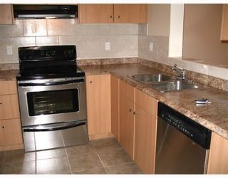 """Photo 5: 33165 2ND Ave in Mission: Mission BC Condo for sale in """"Mission Manor"""" : MLS®# F2704436"""