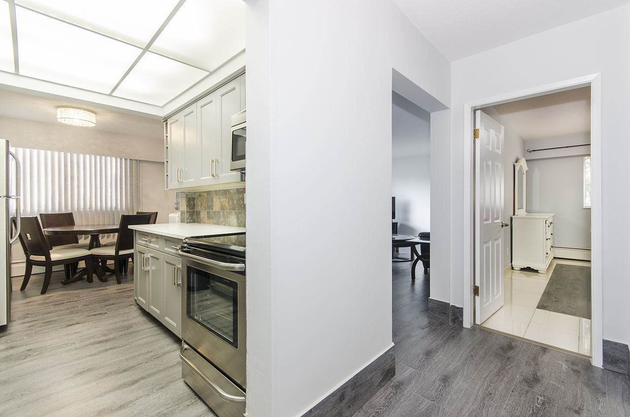 Main Photo: 101 4695 IMPERIAL Street in Burnaby: Metrotown Condo for sale (Burnaby South)  : MLS®# R2195406