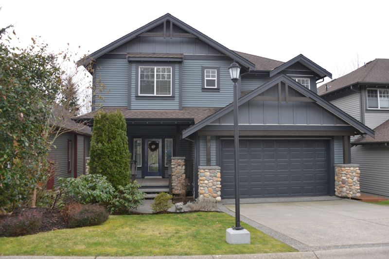 FEATURED LISTING: 3 - 13887 DOCKSTEADER Loop Maple Ridge