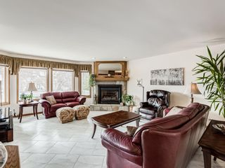 Photo 2: 1202 21 Avenue NW in Calgary: Capitol Hill Semi Detached for sale : MLS®# A1118490