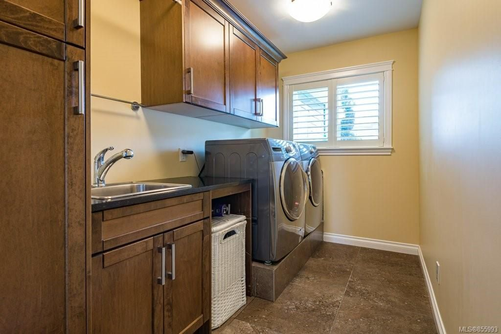 Photo 37: Photos: 1258 Potter Pl in : CV Comox (Town of) House for sale (Comox Valley)  : MLS®# 855993