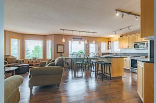 Photo 3: 42 Tuscarora View NW in Calgary: Tuscany Detached for sale : MLS®# A1119023