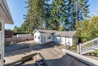 Photo 30: 1914 Bolt Ave in : CV Comox (Town of) House for sale (Comox Valley)  : MLS®# 857960