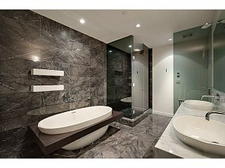 """Photo 6: 1125 W CORDOVA Street in Vancouver: Coal Harbour Townhouse for sale in """"HARBOUR GREEN 3"""" (Vancouver West)  : MLS®# V1041476"""