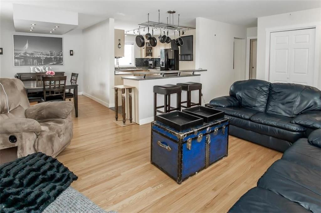 Photo 5: Photos: 93 Pike Crescent in Winnipeg: East Elmwood Residential for sale (3B)  : MLS®# 202108663