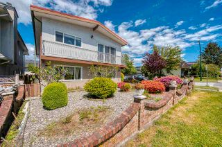 Photo 2: 6495 BEATRICE Street in Vancouver: Killarney VE House for sale (Vancouver East)  : MLS®# R2586400