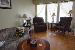 Photo 2: 177 Lake Ridge Road in : Crestview Single Family Attached for sale