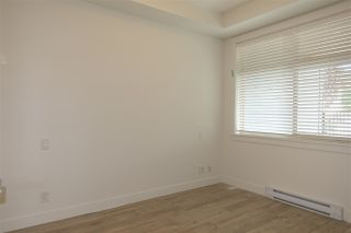 """Photo 12: 105 20673 78 Avenue in Langley: Willoughby Heights Condo for sale in """"Grayson"""" : MLS®# R2444196"""