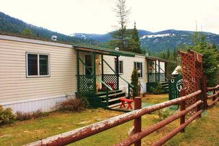 Photo 4: 7951 HIGHWAY 6 in Ymir: House for sale : MLS®# 2461237