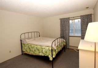 Photo 4: 342 2033 TRIUMPH Street in Vancouver: Hastings Condo for sale (Vancouver East)  : MLS®# R2240444