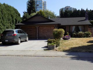 Photo 2: 32836 CAPILANO Place in Abbotsford: Central Abbotsford House for sale : MLS®# R2605248