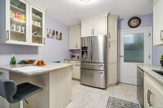 Photo 12: 2963 Scott St in : Vi Oaklands House for sale (Victoria)  : MLS®# 861763