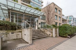 "Photo 1: 1903 125 MILROSS Avenue in Vancouver: Downtown VE Condo for sale in ""Creekside of Citygate"" (Vancouver East)  : MLS®# R2440865"