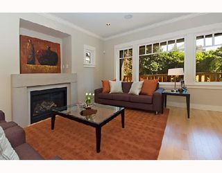 Photo 2: 3171 W 2ND Avenue in Vancouver: Kitsilano 1/2 Duplex for sale (Vancouver West)  : MLS®# V672584
