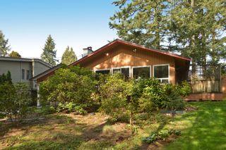 "Photo 1: 12373 NEW MCLELLAN Road in Surrey: Panorama Ridge House for sale in ""Panorama Ridge"" : MLS®# F1433996"