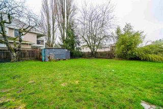 Photo 3: 12111 84 Avenue in Surrey: Queen Mary Park Surrey House for sale : MLS®# R2540072