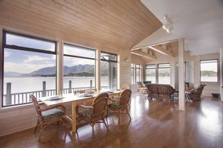 "Photo 12: 21 - 22 PASSAGE Island in West Vancouver: Howe Sound House for sale in ""PASSAGE ISLAND"" : MLS®# R2412224"