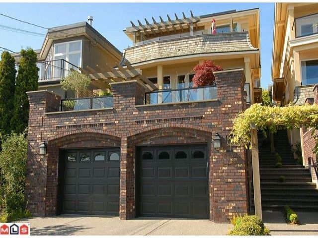 Main Photo: 14761 OXENHAM Avenue: White Rock House for sale (South Surrey White Rock)  : MLS®# F1018509