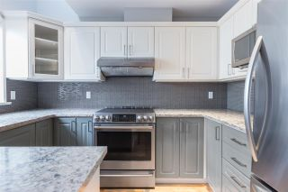 Photo 2: C 136 W 4TH Street in North Vancouver: Lower Lonsdale Townhouse for sale : MLS®# R2454273