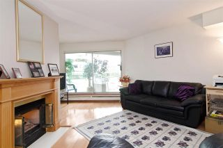 """Photo 4: 3103 33 CHESTERFIELD Place in North Vancouver: Lower Lonsdale Condo for sale in """"Harbourview Park"""" : MLS®# R2037524"""
