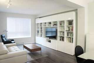 """Photo 2: 98 7848 209 Street in Langley: Willoughby Heights Townhouse for sale in """"MASON & GREEN"""" : MLS®# R2141245"""