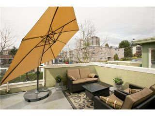 """Photo 17: 520 ST GEORGES Avenue in North Vancouver: Lower Lonsdale Townhouse for sale in """"STREAMLINE PLACE"""" : MLS®# V1067178"""