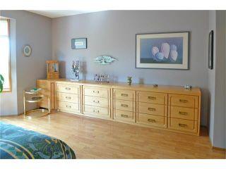 Photo 19: 284 CEDARDALE Place SW in Calgary: Cedarbrae House for sale : MLS®# C4119555