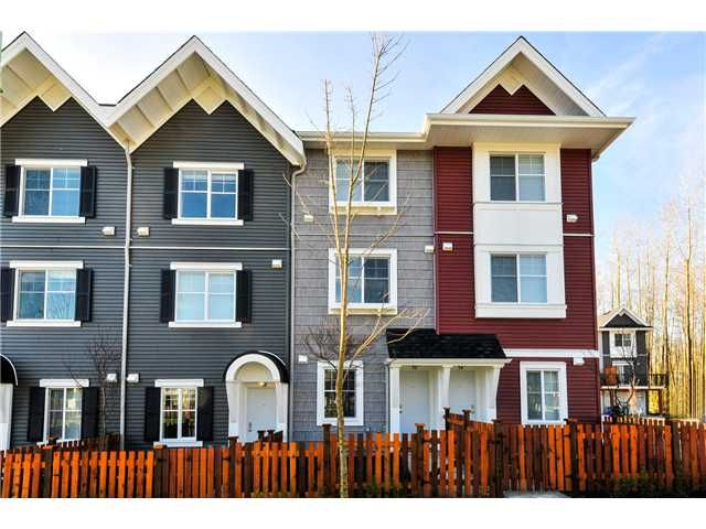 Main Photo: 30 19128 65TH Avenue in SURREY: Clayton Townhouse for sale (Cloverdale)  : MLS®# F1428927