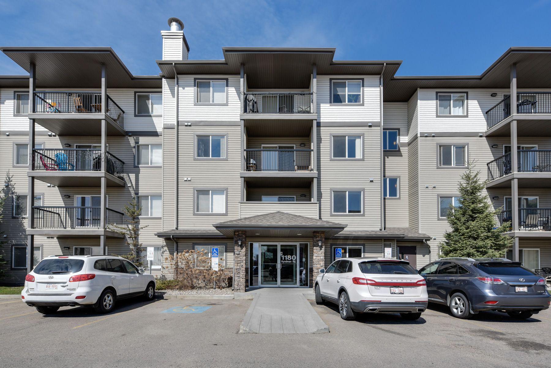 Main Photo: #326, 1180 Hyndman Road: Edmonton Condo  : MLS®#  E4155993