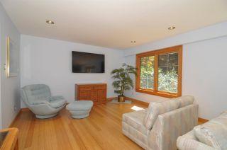 Photo 4: 12715 18A Avenue in Surrey: Crescent Bch Ocean Pk. House for sale (South Surrey White Rock)  : MLS®# R2399687