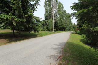 Photo 50: 7716 Golf Course Road in Anglemont: North Shuswap House for sale (Shuswap)  : MLS®# 10135100