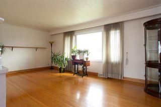 Photo 4: 716 Simpson Avenue in Winnipeg: East Kildonan Residential for sale (3B)  : MLS®# 202111309