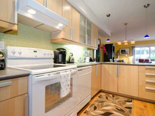 """Photo 5: 1 1285 HARWOOD Street in Vancouver: West End VW Townhouse for sale in """"HARWOOD COURT"""" (Vancouver West)  : MLS®# V943710"""