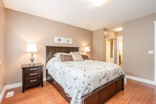 """Photo 12: 49 2200 PANORAMA Drive in Port Moody: Heritage Woods PM Townhouse for sale in """"THE QUEST"""" : MLS®# R2465760"""