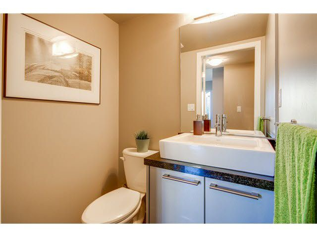 """Photo 10: Photos: 110 1288 CHESTERFIELD Avenue in North Vancouver: Central Lonsdale Condo for sale in """"ALINA"""" : MLS®# V1065611"""