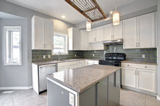 Photo 8: 14422 104 Avenue in Edmonton: Zone 21 House Half Duplex for sale : MLS®# E4261821