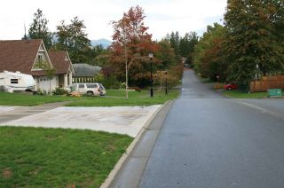 Photo 2: Lot 9 ROYALWOOD BOULEVARD in Rosedale: Rosedale Center Land for sale : MLS®# R2225670