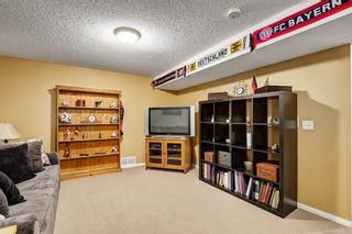 Photo 18: 8347 CENTRE Street NW in Calgary: Beddington Heights House for sale
