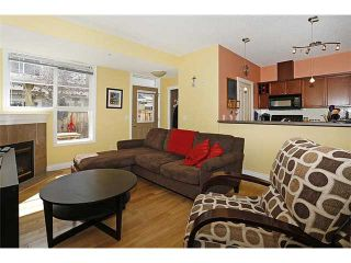 Photo 4: 9 2001 34 Avenue SW in CALGARY: Altadore_River Park Townhouse for sale (Calgary)  : MLS®# C3611257
