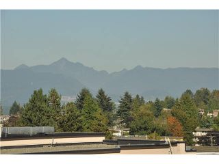 """Photo 4: 702 7225 ACORN Avenue in Burnaby: Highgate Condo for sale in """"AXIS"""" (Burnaby South)  : MLS®# V1087439"""