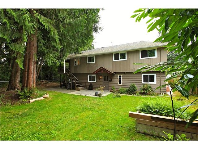 Photo 9: Photos: 2550 SECHELT Drive in North Vancouver: Blueridge NV House for sale : MLS®# V965349