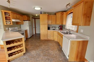 Photo 6: 18 Turner Place in Prince Albert: Crescent Acres Residential for sale : MLS®# SK826349