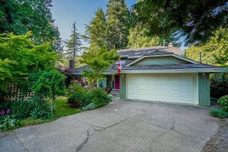 "Photo 2: 12327 24 Avenue in Surrey: Crescent Bch Ocean Pk. House for sale in ""OCEAN PARK"" (South Surrey White Rock)  : MLS®# R2605137"