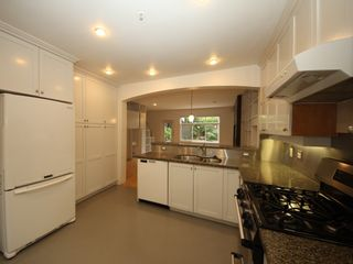 """Photo 9: 5358 LARCH Street in Vancouver: Kerrisdale Townhouse for sale in """"Larchwood"""" (Vancouver West)  : MLS®# R2382346"""
