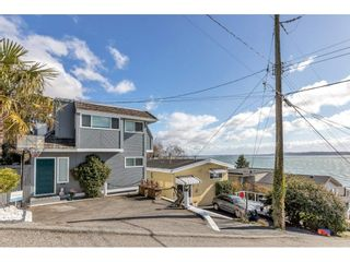 """Photo 2: 1324 HIGH Street: White Rock House for sale in """"West Beach"""" (South Surrey White Rock)  : MLS®# R2540194"""