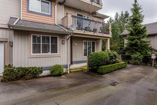 """Photo 2: 17 5839 PANORAMA Drive in Surrey: Sullivan Station Townhouse for sale in """"Forest Gate"""" : MLS®# R2046887"""