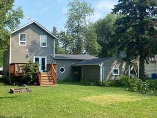 Photo 3: 569 Montcalm Avenue in Gretna: House for sale : MLS®# 202118510