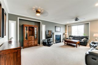 Photo 4: 27010 35 Avenue in Langley: Aldergrove Langley House for sale : MLS®# R2276026